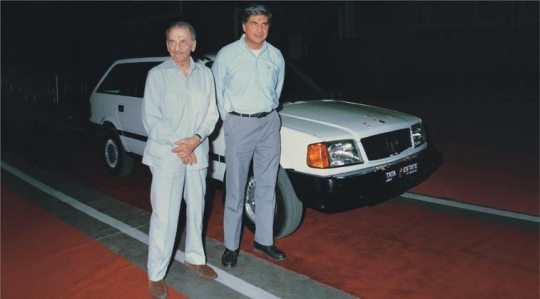 1992 - Tata Estate, Telco's second passenger vehicle launched by JRD Tata and Ratan Tata